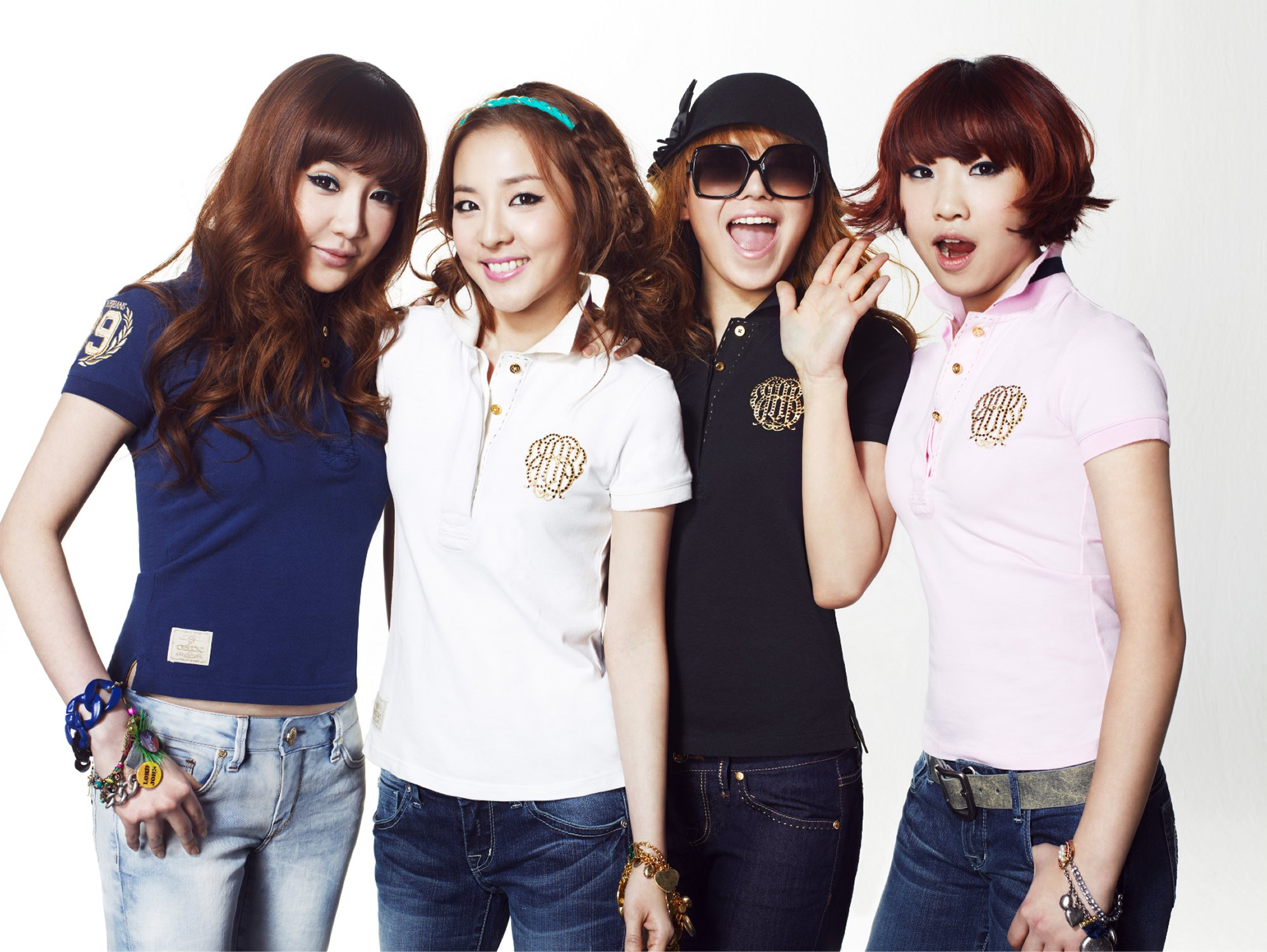 hq  u0026 official pictures of 2ne1 for bean pole