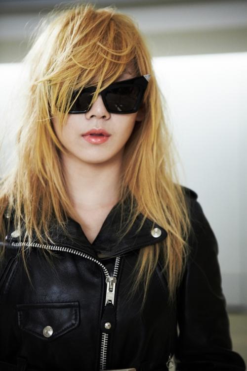 The best Female blonde Ru1au1