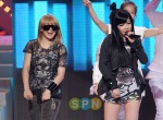 2NE1@KOREA-CHINA MUSIC FEST (36)