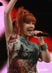2NE1_110417_angel-price-music-feastival_08