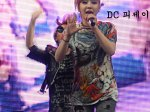 2NE1_110417_angel-price-music-feastival_29