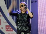 2NE1_110417_angel-price-music-feastival_31