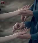 2ne1_Park_Bom_solo_Don'tCry_MV_33