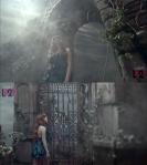 2ne1_Park_Bom_solo_Don'tCry_MV_42